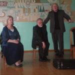 Teatro meno kūrėjai R. Rimeikis, A. Butvilas, V. Mainelytė Panevėžio r. Naujamiesčio vid. mokykloje